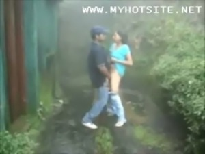 Outdoor Sex Video [Garden Sex V ... free