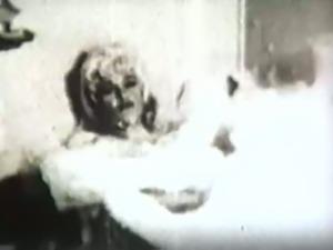 Marilyn monroe seductive sextape in bathtub