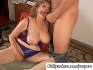 Beautiful big tits MILF gives a ... free