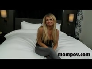Blonde milf hottie doing her very first porn