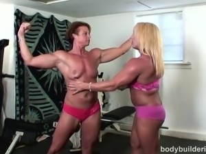 Bodybuilding Porn with Hot bush
