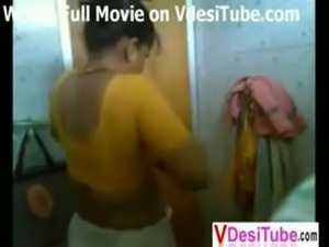 North indian Aunty Bath Clip free