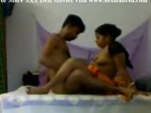 Indian Village Aunty Fucking With Neighbour Peon