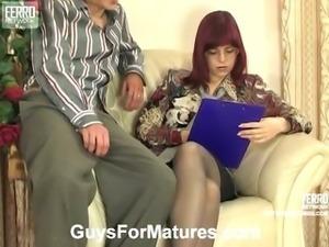 Afina&Douglas attractive mom in action