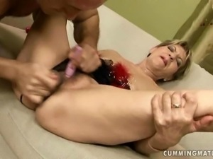 Granny getting fucked by sex machine