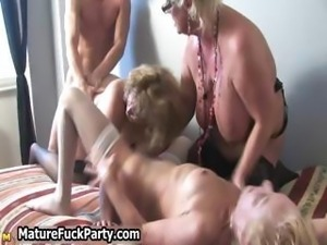 Mature horny housewifes sucking part5