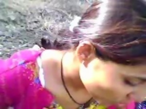 Indian Gujju teen scandal in public park