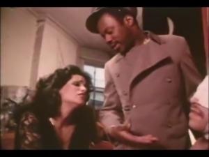 Retro Vanessa Del Rio interracial BJ