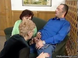 Dirty blonde housewife sucks on an hard part1