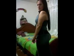 Amateur Latina Booty free
