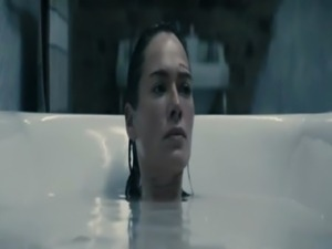 Lena Headey Nude Bathtub Scene From The Broken free