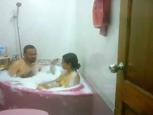 desi bhabhi taking bath with husband's elder brother