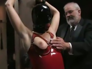 Slave at the Center of Attention