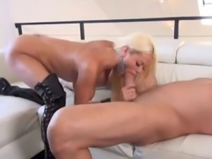Nikita von James Kinky Busty Milf