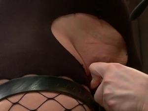 dirty slut is punished with hitachi magic wand