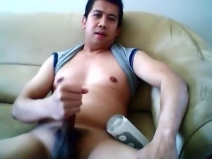 pinoy jacking off with a tenga fliphole
