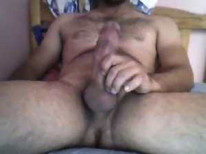 HOT HAIRY TURKISH HUNK