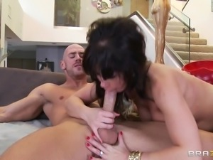 cheating wife gets fucked hard