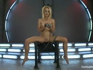 pretty blonde chick fucking herself with the help of machines