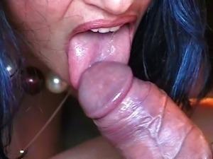 arab woman sucking fat cock