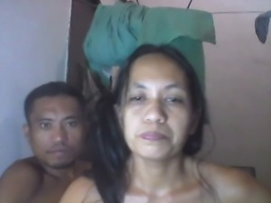 FILIPINA MOM SHANELL DANATIL AND HER BF ON CAM