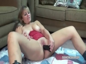 curvy milf liisa fucks her dildo tube062113 free
