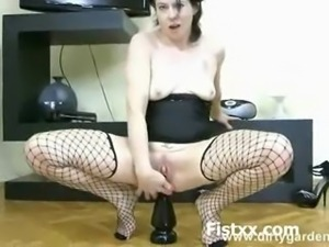 Sexy Sexy Hottie Perverted Fisting
