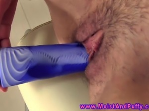 Camel clit babe uses a dildo on herself after sliding her fingers inside