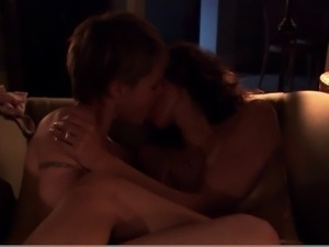 Erin Daniels Leisha Hailey - The L Word S02E05 (2)