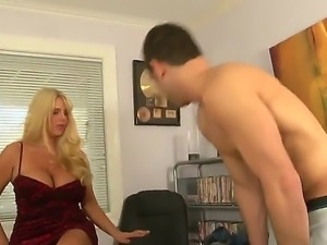 The famous milf babe Karen Fisher with a colossal melons seduces her young...