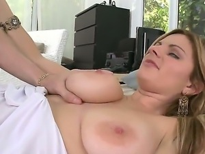 Yummy whore Keiyra Lina adores this fat well sucked cock sliding deep in her...