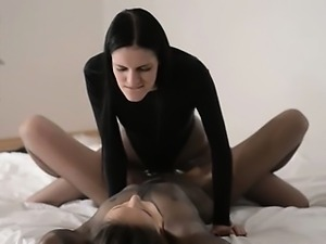 hungry babes with strapon in luxury