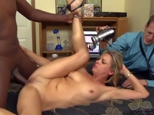 Amanda Blow is a good looking tight bodied wife with