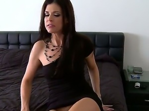 Enjoy delightful sexy brunette MILF India Summer sucking monster ebony tool