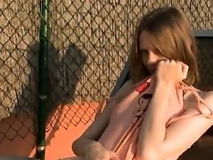 hot skinny girl fingering snatch