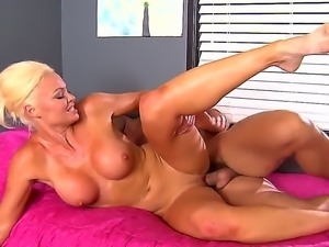 Adorable blonde milf Rhylee Richards shows master class in making a blowjob...