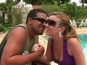Mell and Tony Tigrao are having outdoor sex and deep penetration session