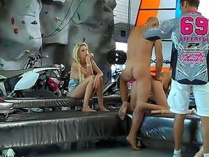 Teena Lipoldina with sex amateurs Blanche B, Omar Galanti, and Rocco Siffredi...