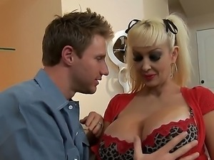 Super appetizing blonde Brittany ONeil dressed too sexy clothes to seduce...