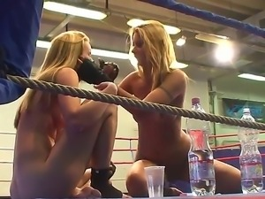 Cindy Hope and Sophie Moone get a break after their hardcore lesbian...