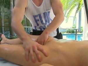 Courtney Cummz recives hardcore anal pounding after beign massaged all over