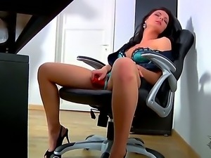 Hot office whore Elena fucks her tight juicy pussy with huge red dildo!