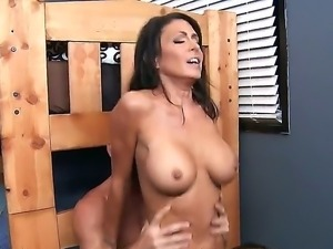 Jessica Jaymes demonstrates her juicy boobs, while riding Johnny Sins