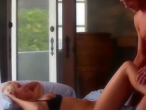 Arousing blonde Vanessa Cage enjoys amazing hardcore fuck session