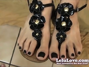 Lelu Love Knows You Want To Cum On Her Feet