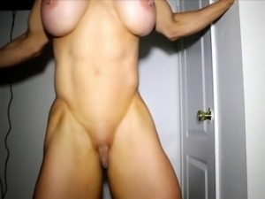 amateur wife bodybuilder striptease
