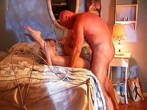 Blonde babe fucking her pussy with dick