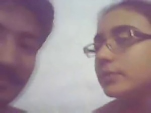 indian college girl enjoying with bf