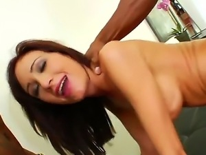Hillary Scott loves to take it by Prince Yahshua while sucking a Rico Strongs...