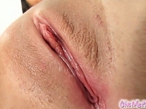 Colleen has a perfect peach shaped pussy. She gets all oiled up and spreads...
